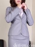 びしょぬれ新人秘書 の アキナさん